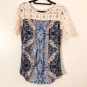 Anthropologie top size medium.